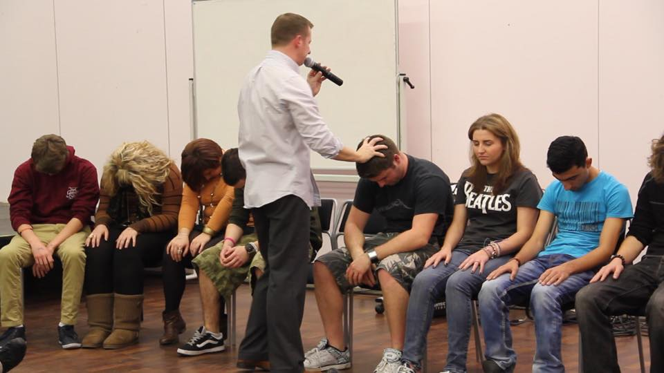 Stage Hypnosis Shows with Stage Hypnotist Kris Anthony